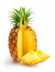 Learn more about pineapple nutrition facts, health benefits, healthy recipes, and other fun facts to enrich your diet. Pineapple Nutrition, Pineapple Diet, Pineapple Health Benefits, Tomato Nutrition, Coconut Health Benefits, Fruit Nutrition, Pineapple Upside, Pineapple Pictures, Cooking Photos