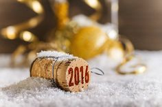 2016 Merry Christmas & Happy New Year Greeting Cards - Pouted Online Lifestyle Magazine Happy New Year 2016, Happy New Year Greetings, New Years 2016, New Year Greeting Cards, New Year Wishes, Merry Christmas And Happy New Year, New Years Eve, Piscinas Gre, Green Nature Wallpaper