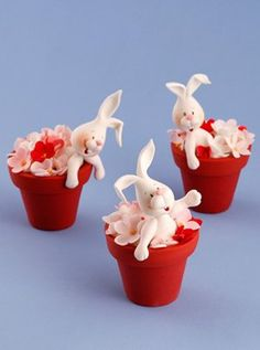 Modelling with Carlos Lischetti : Rabbits in Flower Pots – Squires Kitchen