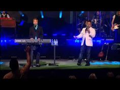 Michael W. Smith - Help Is On The Way (Featuring Israel Houghton) (Live)
