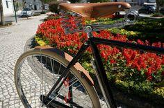 gran turismo Bike Brands, New City, Bicycle, Retro, Black, Bike, Bicycle Kick, Black People, Bicycles