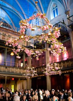 Suspended Wedding Centerpieces + Floral Chandeliers - Belle the Magazine . The Wedding Blog For The Sophisticated Bride
