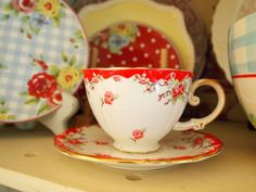 love these dishes together!  the polka dot plate looks great with the others