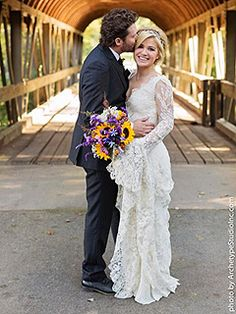 Kelly Clarkson Pregnant Expecting First Child Brandon Blackstock