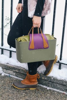 Structured handbag thats also waterproof - perfect for messy Boston weather // @ObagBoston