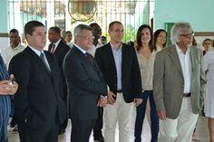 Com o Secretário João Carlos Bacelar e Arun Gandhi em visita a escola Teodoro Sampaio
