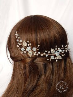 Check out this item in my Etsy shop https://www.etsy.com/listing/540356347/blue-bridal-wreath-moonstone-wedding