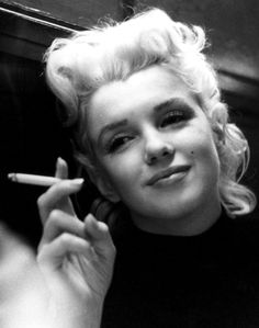 Marilyn Monroe (born Norma Jeane Mortenson) was an American actress, model, singer, humanitarian and producer. The aim of 'OurGirlMarilyn' is to reveal the woman behind the worlds famous sex symbol and dispel the many myths that surround her. Marylin Monroe, Joven Marilyn Monroe, Marilyn Monroe Cuadros, Fotos Marilyn Monroe, Young Marilyn Monroe, Marilyn Monroe Smoking, Gentlemen Prefer Blondes, Classic Hollywood, Old Hollywood