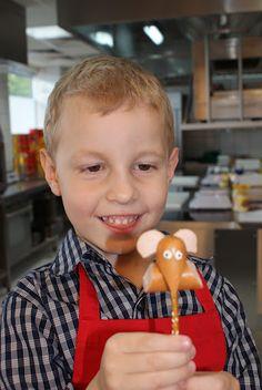 WARSZTATY DLA MŁODEGO ;)  http://kuchniaicosjeszcze.blox.pl/2012/05/WARSZTATY-DLA-MLODEGO.html#