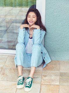 Korean Actresses, Actors & Actresses, Seo Ji Hye, Green Converse, Free Web Design, Website Maintenance, Instyle Magazine, Cosmopolitan Magazine, Search Engine Marketing