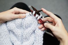 GET YOUR KNITTING IN A TWIST!