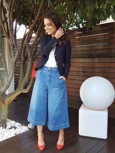 Denim Culottes Outfits, Denim Outfit, Denim Fashion, Look Fashion, Fashion Outfits, Coulottes Outfit, Culotte Style, Estilo Jeans, Summer Outfits