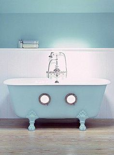OMG if those are submarine windows in the tub...I must have this one day.