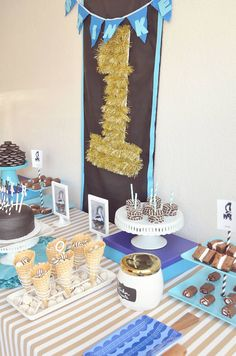 We Heart Parties: Lil stinkers skunk first birthday