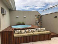 Hot Tub Backyard, Hot Tub Garden, Backyard Seating, Small Backyard Pools, Rooftop Design, Terrace Design, Oberirdische Pools, Small Pool Design, Jacuzzi Outdoor