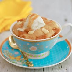 Enjoy a sweet, caramel-y single-serving Microwave Mug Blondie in minutes with my Make Ahead Mug Meals! Enjoy a Mug Blondie and almost 100 Mug Meal recipes! Microwave Mug Recipes, Mug Cake Microwave, Microwave Meals, Microwave Desserts, Microwave Baking, Best Mug Cake Recipes, Dessert Recipes, Meal Recipes, Homemade Desserts