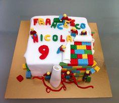 Torta pacco regalo Lego -  Le torte di Camilla Jesholt Buffatti