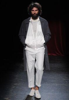 「メゾン マルタン マルジェラ」2012年春夏パリ・メンズ・コレクション 全ルック | 2012 SS PARIS MEN'S COLLECTION | MAISON MARTIN MARGIELA | COLLECTION | WWD JAPAN.COM