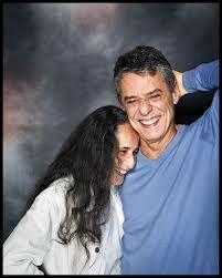 Maria Bethania e Chico Buarque no maior astral.