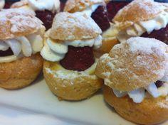 mini berry cream puffs, available gluten free or not Minis, Berry, Gluten Free, Cookies, Cream, Desserts, Food, Glutenfree, Crack Crackers