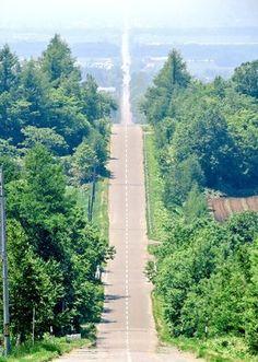 「知床へは是非真っ直ぐな道を運転して来てください。18kmの天に続く道です。」のYahoo!検索(リアルタイム) - Twitter(ツイッター)、Facebookをリアルタイム検索