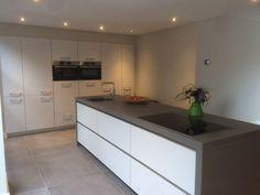 Kitchen Island, Kitchen Cabinets, Splashback, Kitchen Decor, Flooring, Interior Design, Table, House, Furniture