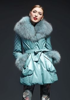 Women's Sheepskin Leather Long Duck Feather Coat With Raccoon Fur Collar And Belt Female Outerwear Clothing