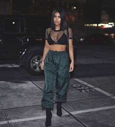 Net shirt with black bra green sweats and black heels with bob outfit goals, hair Dope Outfits, Grunge Outfits, Trendy Outfits, Summer Outfits, Fashion Outfits, Womens Fashion, Fashion Trends, Fashion Killa, Look Fashion