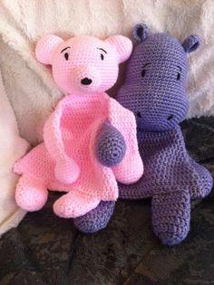 """Lappenpop uit het boek """"Gehaakte lappenpoppen"""" a la Sascha. Gemaakt door Rita van D. Crochet Lovey, Crochet Baby Hats, Baby Blanket Crochet, Crochet For Kids, Crochet Dolls, Free Crochet, Crochet Blankets, Crochet Crafts, Crochet Projects"""