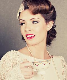 vintage hair - Click image to find more Weddings Pinterest pins