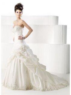Die 64 Besten Bilder Von Brautmode Schweiz Bridal Gowns Wedding