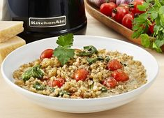 This delicious recipe for Creamy Barley, Leek and Bacon Risotto is sure to be a family favourite recipe in no time. Cook for week night meals or for a dinner party. Risotto Recipes, Spinach Recipes, Cooking Risotto, Single Serve Meals, Healthy Mummy, Artisan Food, Roasted Vegetables, Kitchen Recipes, Thermomix