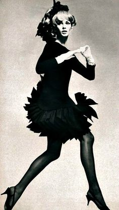 Jean Shrimpton <3 Vogue Paris, December 1966