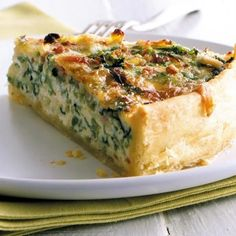 Wirsing-Quiche Rezept - Rezepte: Tarte & Quiche - herzhaft & süß - Wirsing-Quiche: Rezept You are in the right place about pizza dough recipe easy Here we offer you t - Quiche Recipes, Pastry Recipes, Tart Recipes, Pizza Recipes, Dinner Recipes, Yummy Recipes, Quiches, Chocolate Recipes, Chocolate Pastry