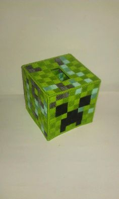 Minecraft Creeper Tissue Box Cover Plastic Canvas by Marsha1991