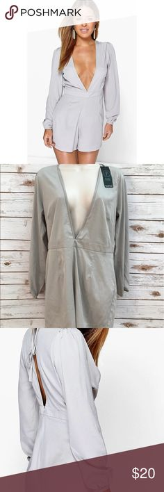 💞NWT Grey Petite Loren Plunge Neck BOOHOO Romper • Size is US 8 PETITE. • Made of silk. • NEW WITH TAGS😍 • Grey/silver blend hue💞 • Bust is 18' laying flat. Length is 31'. Waist is 16' laying flat. Inseam is 4'. Boohoo Petite Pants Jumpsuits & Rompers