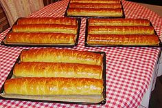 Ungarische Beigel 2 Hot Dog Buns, Hot Dogs, Strudel, Food And Drink, Bread, Sweet, Recipes, Muffins, Europe