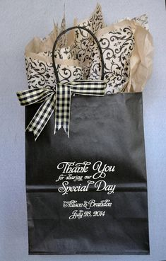 Get inspired by our 100's of unique design options for your #weddingwelcomebags. Our bags are sturdy, come in many colors with 35 ink options. Personalize your bags to reflect your individual lifestyle. We give you all the tools to make it happen. Order as few as 25 and greet your hotel guests with this special touch that demonstrates your appreciation. Fill with 2 bottles of water, fresh fruit, something salty and something sweet. Available at www.FavorsYoukeep.com.-512.323.0600…