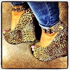 I'm not usually a animal print lover- but these are adorable!