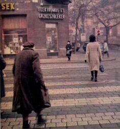 1972 körül. Margit körút, Margit utca sarok.