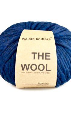 100% Laine Péruvienne  -->   #WeAreKnitters  Couleur --> Bleu Marin