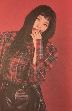 @coffeesthetic Red Velvet Irene, Red Velvet Seulgi, Red Valvet, Red Wallpaper, Red Queen, Taehyung, Jimin, Violet, Rose