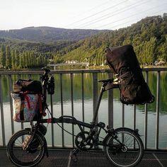 #travelingbybrompton #bromptonlifestyle #valeriasbarcelona #trigobromptonedition #monkiifamily #gorillafamily #vincitatransportbag #etide #milianparts #hubsmith #josephkuosac #valeriasbikeaccessoriescom #klickfix #bikegang #minimods #swissbwc2017 #bromptonfamilygrowing http://ift.tt/2fgzDEH