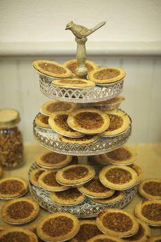 Mini Pies  http://rusticweddingchic.com/rustic-fall-wedding  I'd love them in Chocolate, Pumpkin, Cheesecake, and maybe apple?