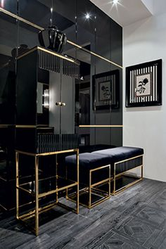 Glam powder room - Academy collection, designed by Massimiliano Raggi for Oasis Group, Italy #interiordesign #gold #luxury