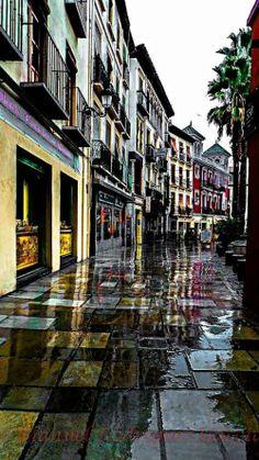 Granada, Plaza de la Romanilla. Rainy like last Friday (February 7, 2014) #Granada #Spain