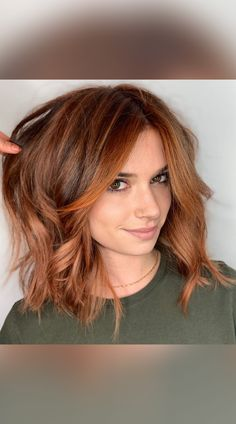 Looking for cute and easy to style shoulder length hair ideas? Click here to see these popular shoulder-grazing hairstyles and haircuts! (Photo credit IG @msnataliejean) Edgy Haircuts, Summer Haircuts, Cute Haircuts, Popular Hairstyles, Latest Hairstyles, Hairstyles Haircuts, Summer Hairstyles, Cute Shoulder Length Haircuts, Haircut And Color