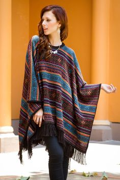 I couldn't be more happier that snuggly ponchos are back on trend Alpaca Poncho, Wool Poncho, Alpaca Wool, Blanket Poncho, Ladies Poncho, Casual Skirt Outfits, Girl Outfits, Knitted Poncho, Vintage Colors