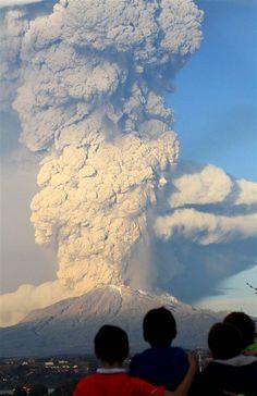 Calbuco Volcano Spews Giant Tower of Ash in Chile - NBC News.com