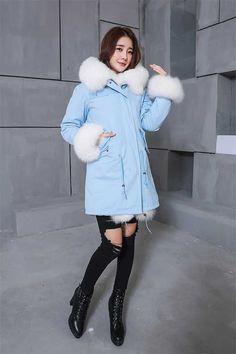 2018 nuevo invierno mujeres abrigos y chaquetas azul marino largo Parkas  Real de piel de zorro cuello con capucha gruesa Outwear europea estilo aca2b7b1be8a